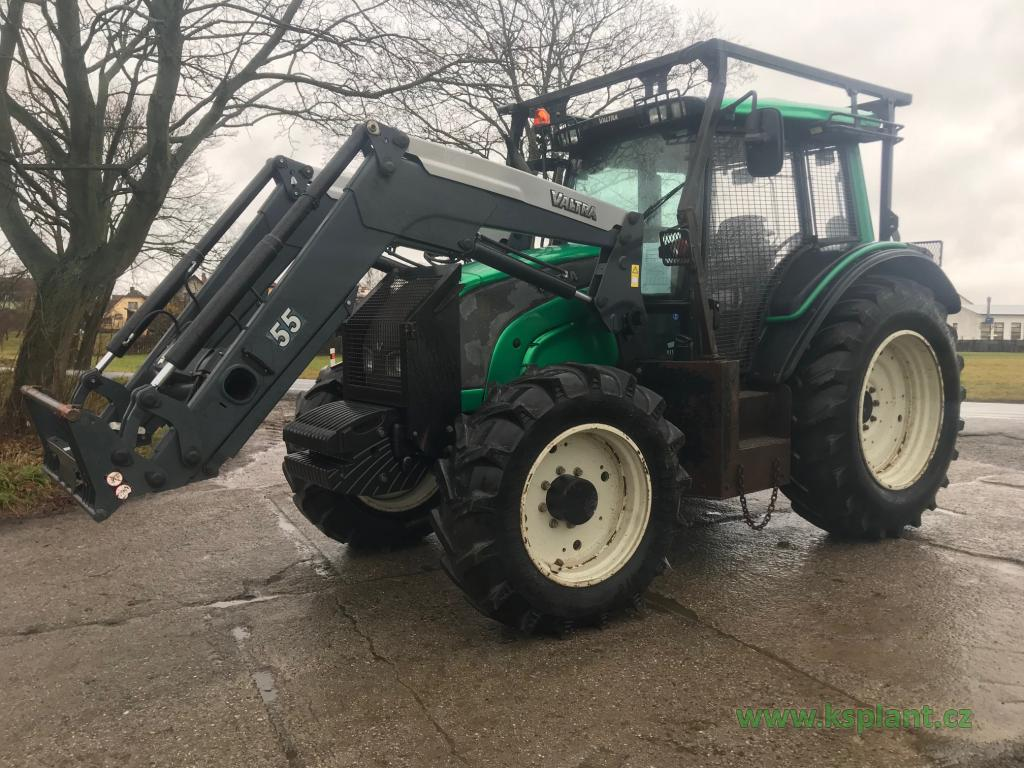 Valtra N111 forest